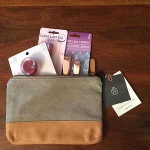 Other - HEARTH & HAND WITH MAGNOLIA MAKEUP BAG & THINGS 🌸